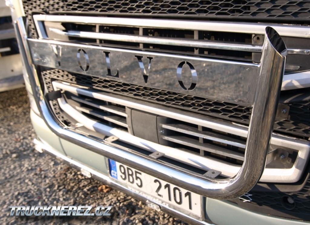 Volvo-fh-ram-predni3-pod